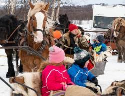 Barnen åker med i Brekken __ARG2514_WEBB_Foto AnnaReet Gillblad.jpg